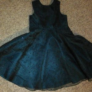 Dark green girl formal dress sz 4 Rare Editions